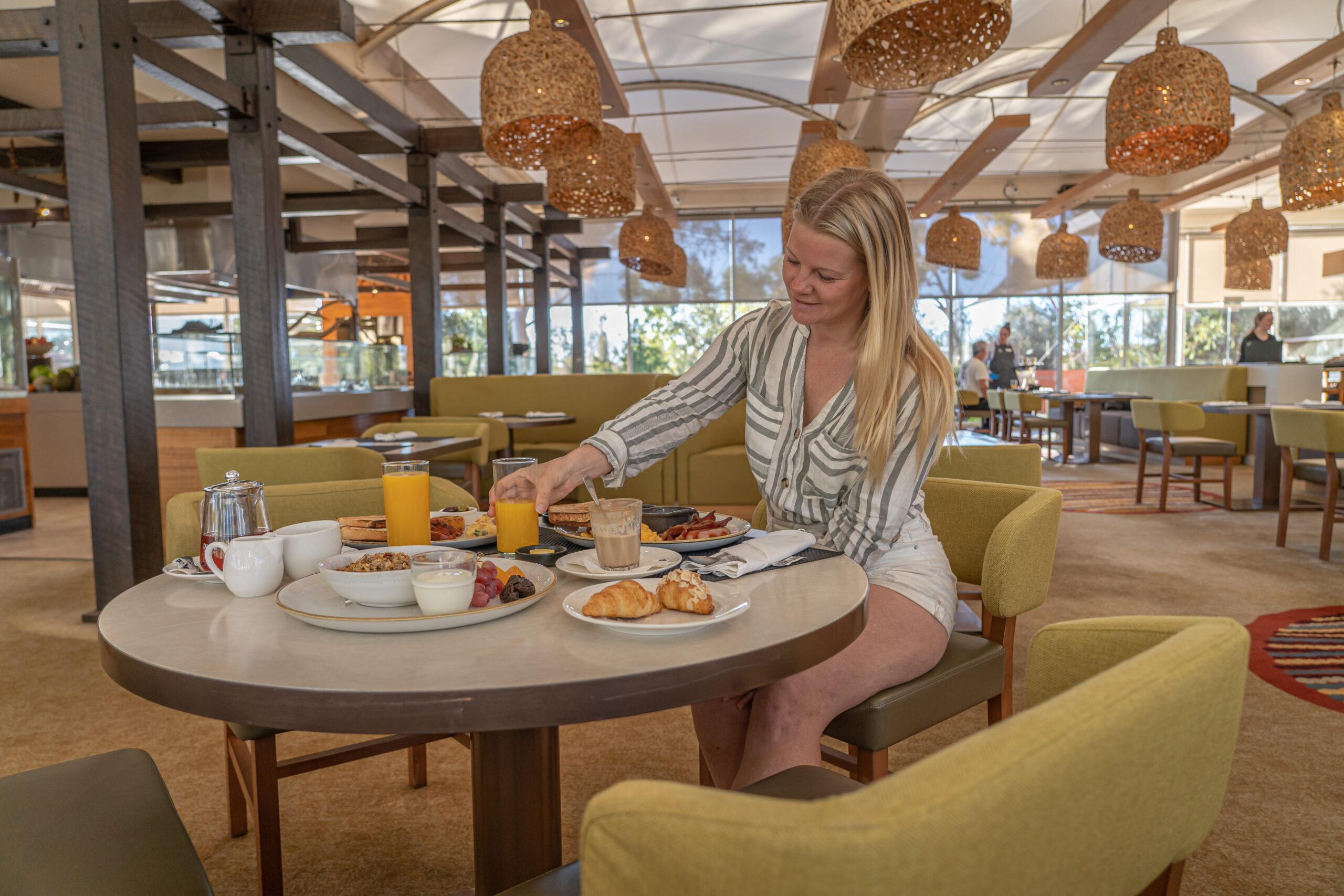Sails in the Desert Hotel - Vagabonds of Sweden