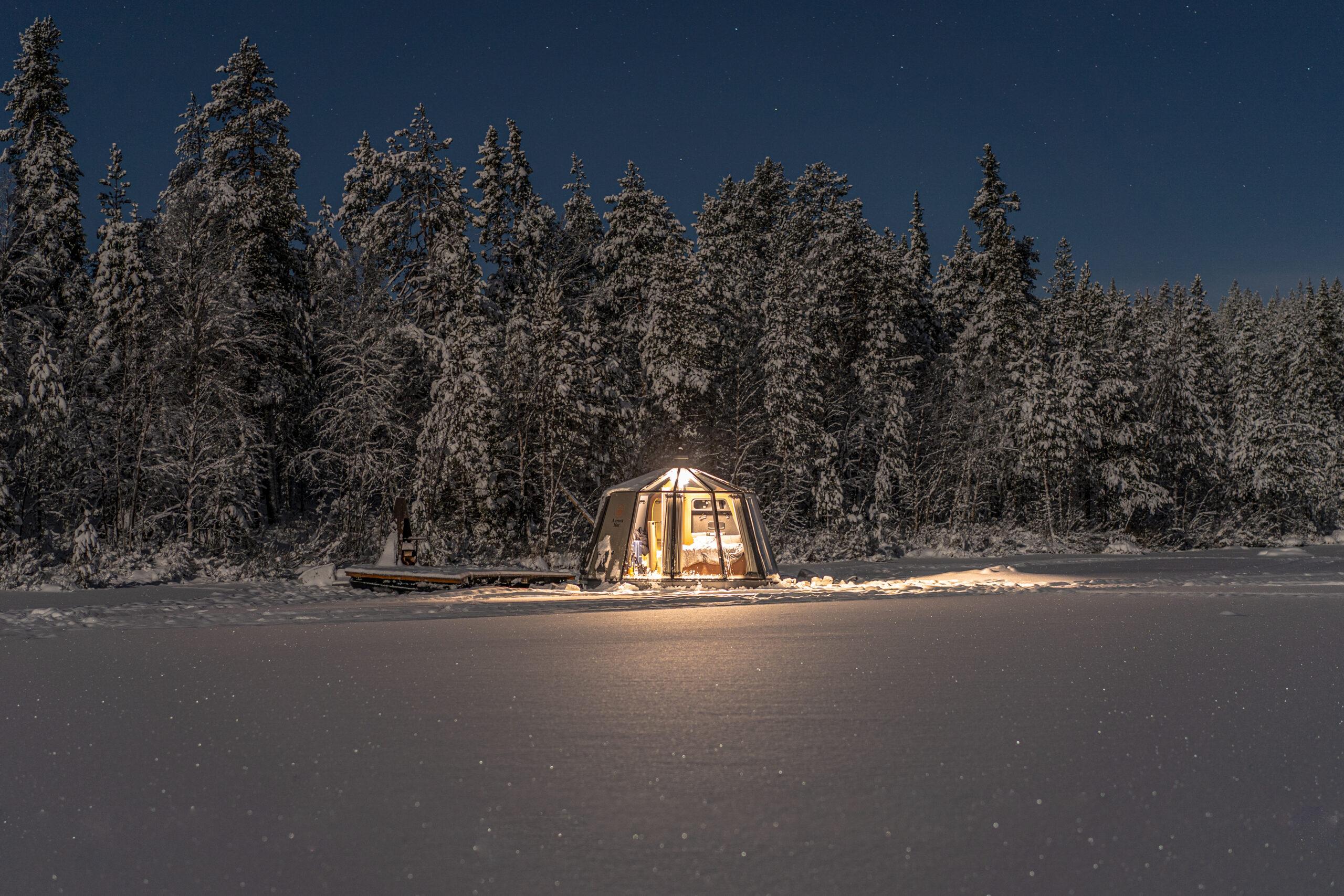 aurora igloo hotel